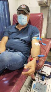 أرييل ستانوفسكي تبرع بالدم في 15/7/2020 في بيج ، كريات ملاخي