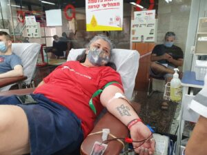 Sarit Manglos - Donated on the eve of Yom Kippur, 27/9/2020 at the MDA Blood Services Center in Tel Hashomer